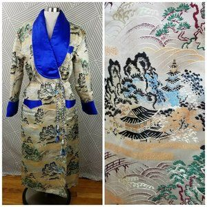 Vintage size Medium Large Silk Kimono Long Robe